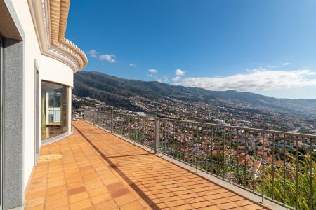 Maison, Pico dos Barcelos, Funchal