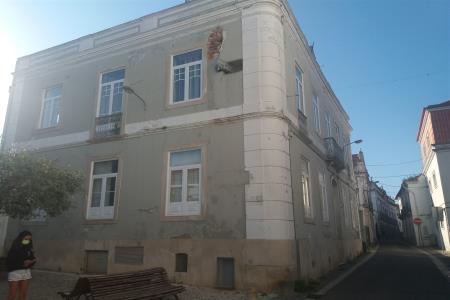 Hotel, Santarém (Marvila), Santa Iria da Ribeira de Santarém, Santarém (São Salvador) e Santarém (São Nicolau), Santarém